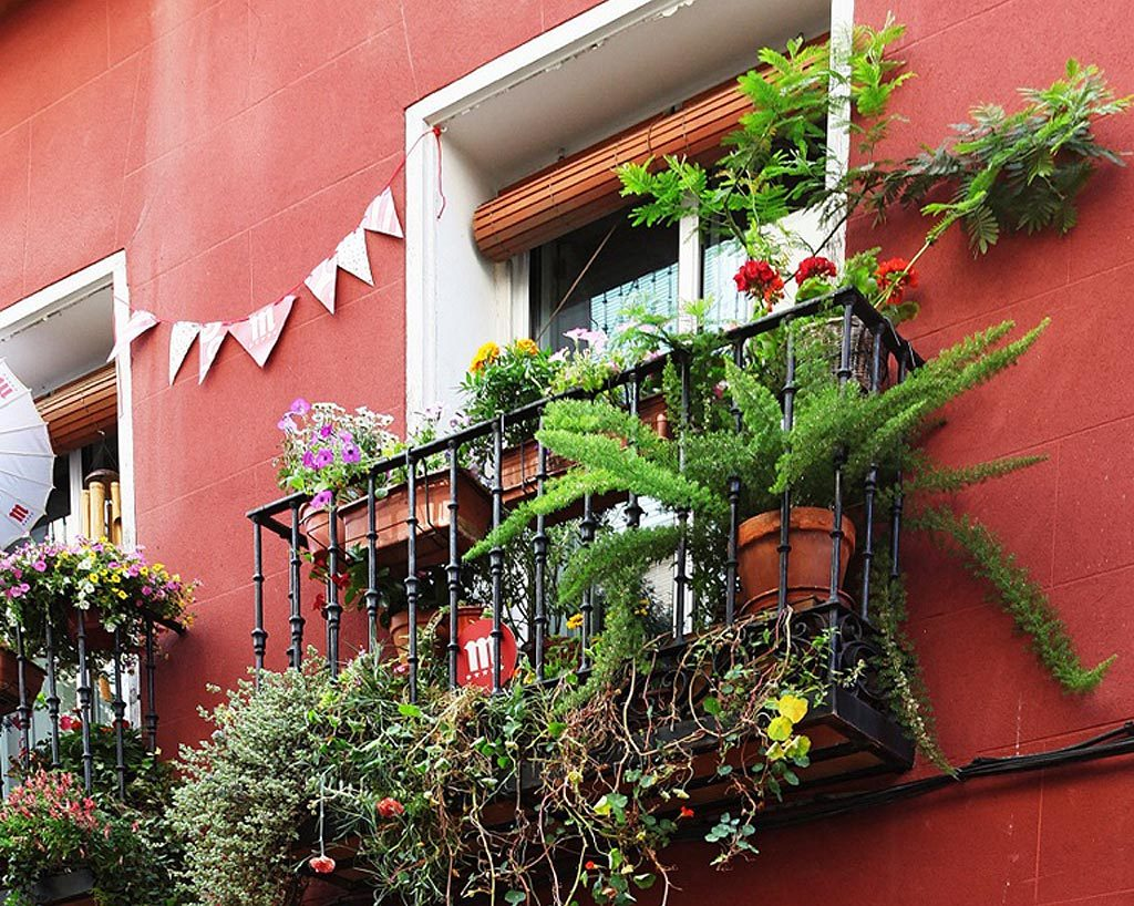 balcon-decoraccion-flores